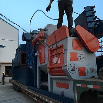 吊钩抛丸机应用20吨铸件